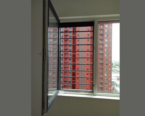 防护网纱窗