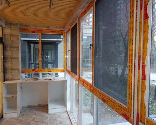 推拉金钢网纱窗